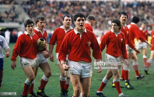 07 February 1987 Paris 5 Nations Rugby France v Wales Welsh captain David Pickering leads the protests