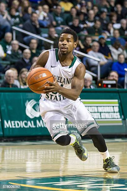 Cleveland State Vikings G Charlie Lee drives to the basket during the game between the Wright State Raiders and Cleveland State Vikings at the...