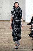 Dawei : Runway - Paris Fashion Week Womenswear...