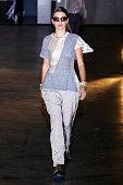 Koche : Runway - Paris Fashion Week Womenswear...