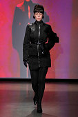 Marine Serre : Runway - Paris Fashion Week Womenswear...