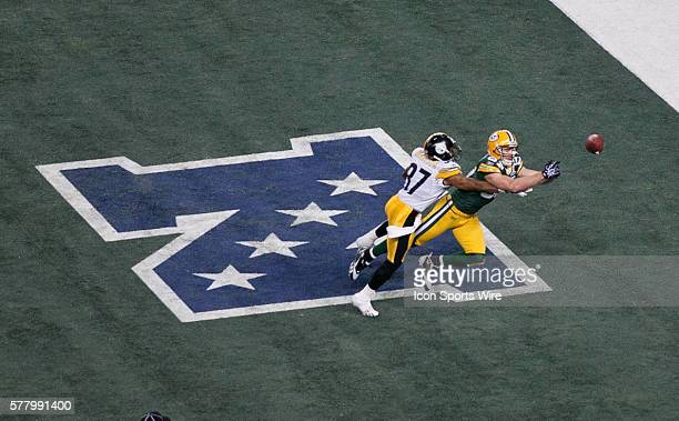 Green Bay Packers wide receiver Jordy Nelson attempts to catch a pass during the Green Bay Packers victory over the Pittsburgh Steelers by the score...