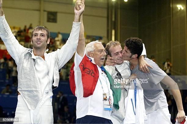 Fechten Olympische Spiele Athen 2004 Athen Florett / Mannschaft / Maenner Finale / CHN ITA Salvatore SANZO Trainer Antonio DICIALO Simone VANNI...