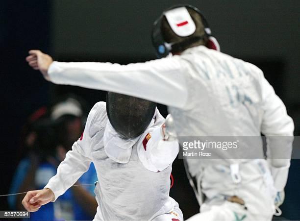 Fechten Olympische Spiele Athen 2004 Athen Florett / Mannschaft / Maenner Finale ITA / CHN Ye CHONG / CHN Simone VANNI / ITA 210804