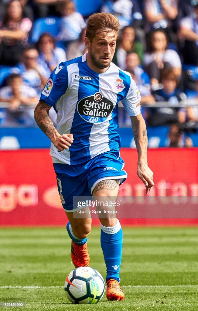 Fede Cartabria of Deportivo de La Coruna in action during the La Liga match between Deportivo La Coruna and Getafe at Abanca Riazor Stadium on September 30, 2017 in La Coruna, Spain.