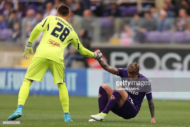Federico Bernardeschi of ACF Fiorentina and Lukasz Skorupski of Empoli FC during the Serie A match between ACF Fiorentina and Empoli FC at Stadio...