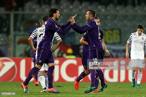 Federico Bernardeschi of ACF Fiorentina celebrates after scoring a goal during the UEFA Europa League match between ACF Fiorentina and PAOK FC at...