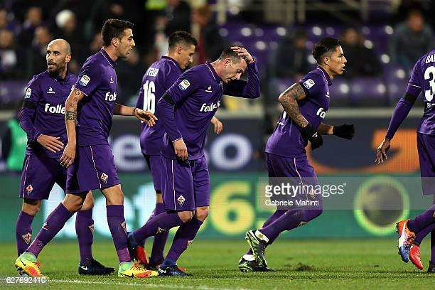 Federico Bernardeschi of ACF Fiorentina celebrates after scoring a goal during the Serie A match between ACF Fiorentina and US Citta di Palermo at...