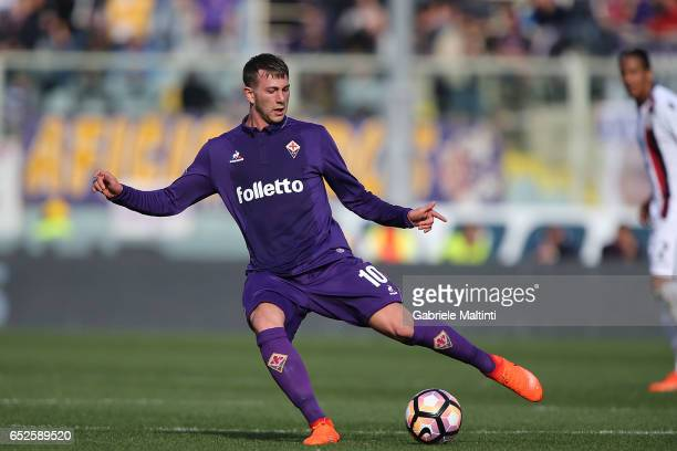 Federico Bernardeschi of ACF Fiorentina in action during the Serie A match between ACF Fiorentina and Cagliari Calcio at Stadio Artemio Franchi on...