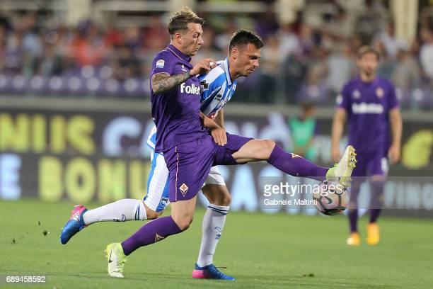 Federico Bernardeschi of ACF Fiorentina in action during the Serie A match between ACF Fiorentina and Pescara Calcio at Stadio Artemio Franchi on May...