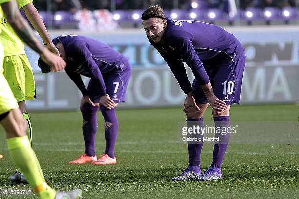 Federico Bernardeschi of ACF Fiorentina shows his dejection during the Serie A match between ACF Fiorentina and Hellas Verona FC at Stadio Artemio...