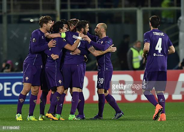 Federico Bernardeschi of Fiorentina celebrates after scoring the goal 11 during the UEFA Europa League Round of 32 first leg match between Fiorentina...