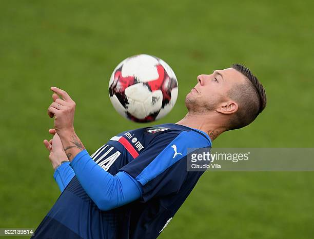 Federico Bernardeschi of Italy in action during the training session at the club's training ground at Coverciano on November 10 2016 in Florence Italy