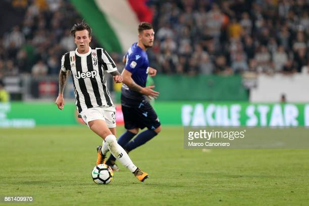 Federico Bernardeschi of Juventus FC in action during the Serie A football match between Juventus FC and SS Lazio SS Lazio wins 21 over Juventus Fc