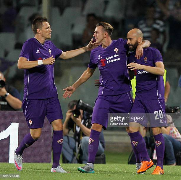 Federico Bernardeschi with his teammates of ACF Fiorentina celebrates after scoring the opening goal during the preseason friendly match between ACF...