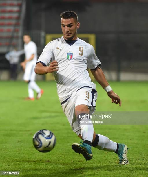 Federico Bonazzoli of Italy U20 in action during the 8 Nations Tournament match between Italy U20 and England U20 on October 5 2017 in Gorgonzola...