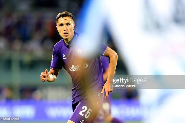 Federico Chiesa of ACF Fiorentina in action during the Serie A match between ACF Fiorentina and Pescara Calcio at Stadio Artemio Franchi on May 28...