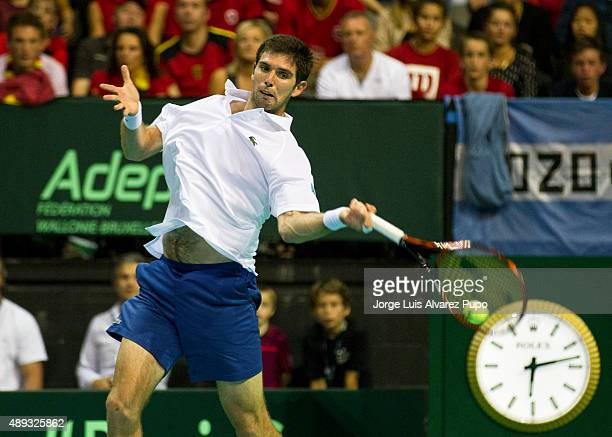 Federico Delbonis returns a forehand shot during the singles match between Steve Darcis of Belgium and Federico Delbonis of Argentina on Day 3 of The...