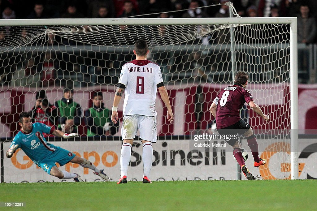 Federico Dionisi of AS Livorno scores a goal during the Serie B match between AS Livorno and Reggina Calcio at Stadio Armando Picchi on March 9, 2013 in Livorno, Italy.