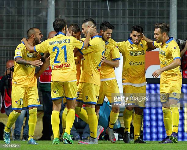 Federico Dionisi with his teammates of Frosinone Calcio celebrates after scoring the team's second goal during the Serie A match between Frosinone...