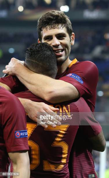 Federico Fazio of AS Roma celebrates his goal during the UEFA Europa League Round of 16 first leg match between Olympique Lyonnais and AS Roma at...