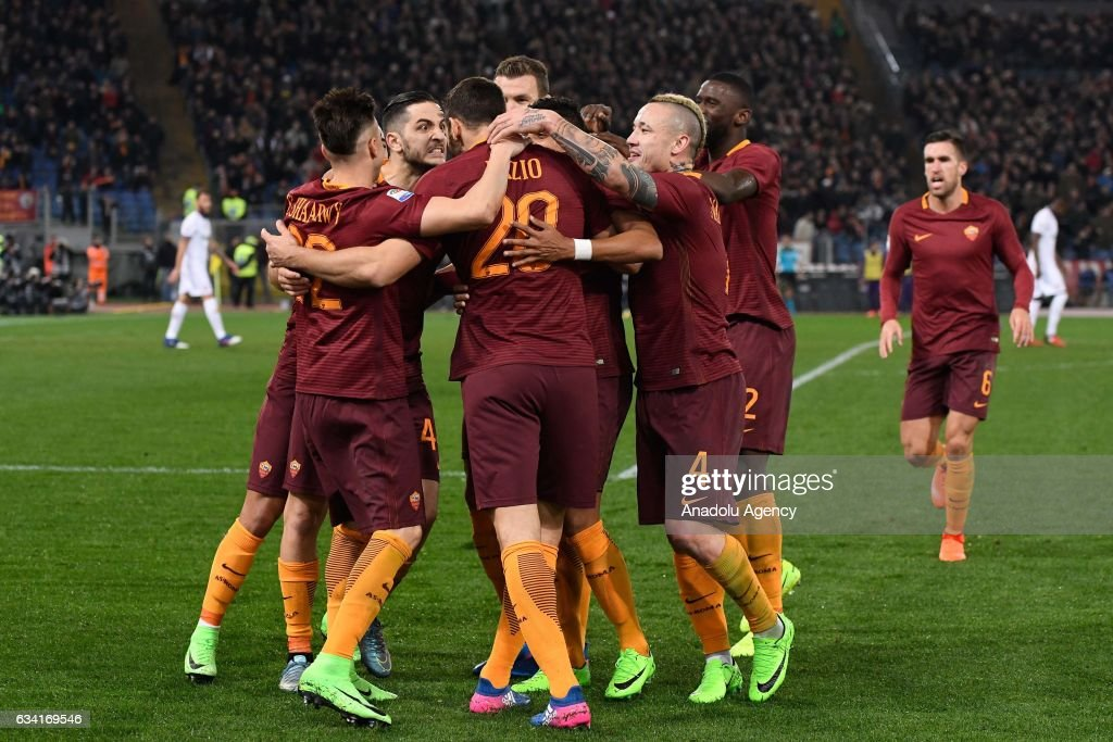Federico Fazio (20) of AS Roma celebrates with his team mates after scoring the goal during Italian Serie A soccer match between AS Roma and ACF Fiorentina at Stadio Olimpico on February 7, 2017 in Rome Italy
