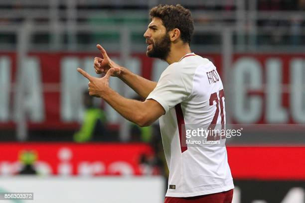 Federico Fazio of AS Roma gestures during the Serie A match between AC Milan and AS Roma at Stadio Giuseppe Meazza on October 1 2017 in Milan Italy