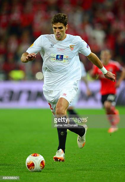 Federico Fazio of Sevilla in action during the UEFA Europa League Final match between Sevilla FC and SL Benfica at Juventus Stadium on May 14 2014 in...