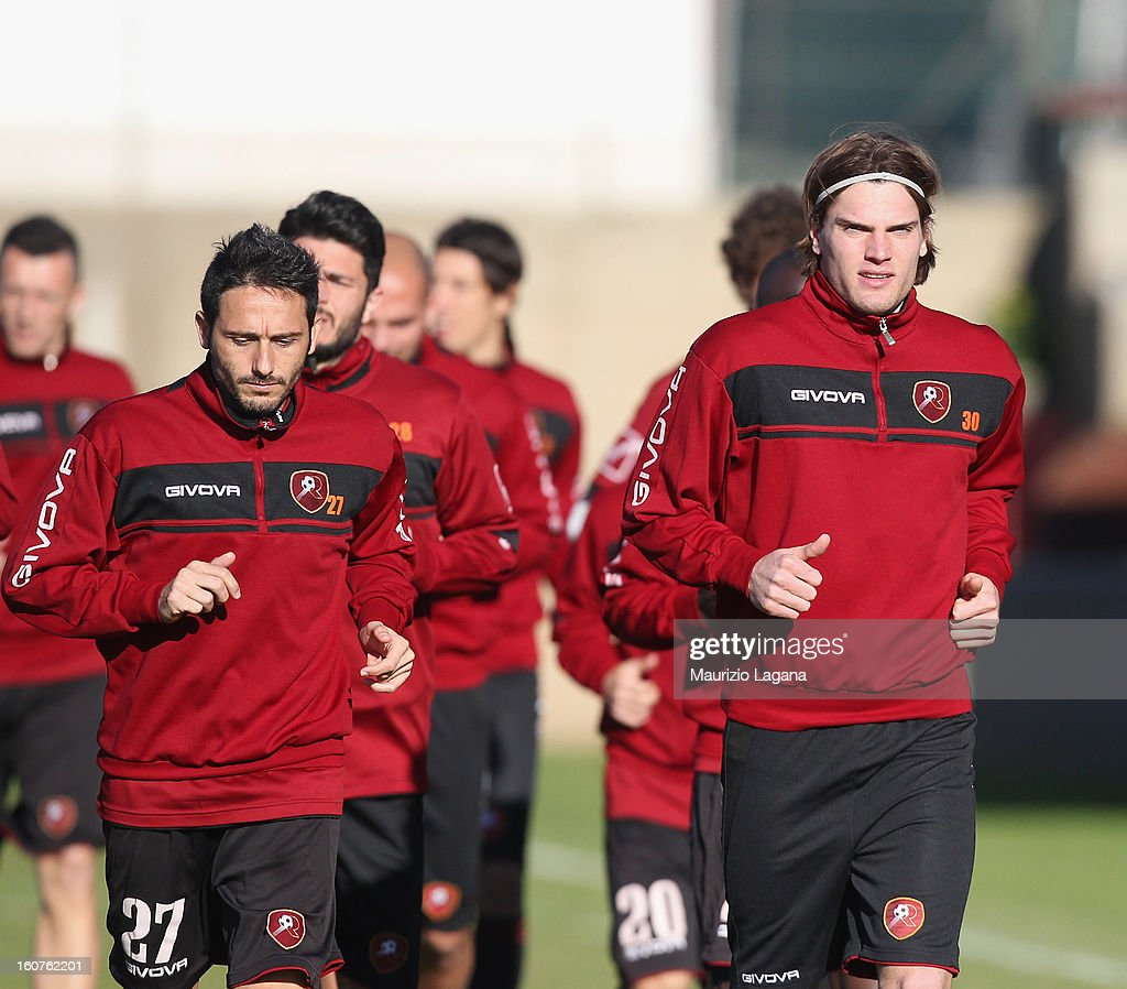 Federico Gerardi (R) attends at Reggina training session at Sports Center Sant'Agata on February 5, 2013 in Reggio Calabria, Italy.