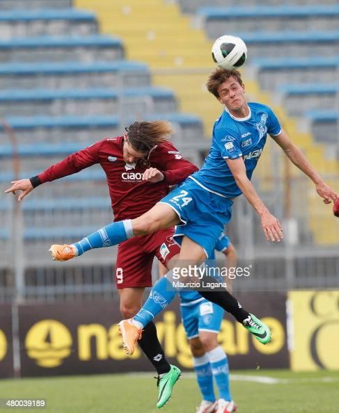 Federico GErardi of Reggina competes for the ball in air with Daniele Rugani of Empoli during the Serie B match between Empoli FC and Reggina Calcio...
