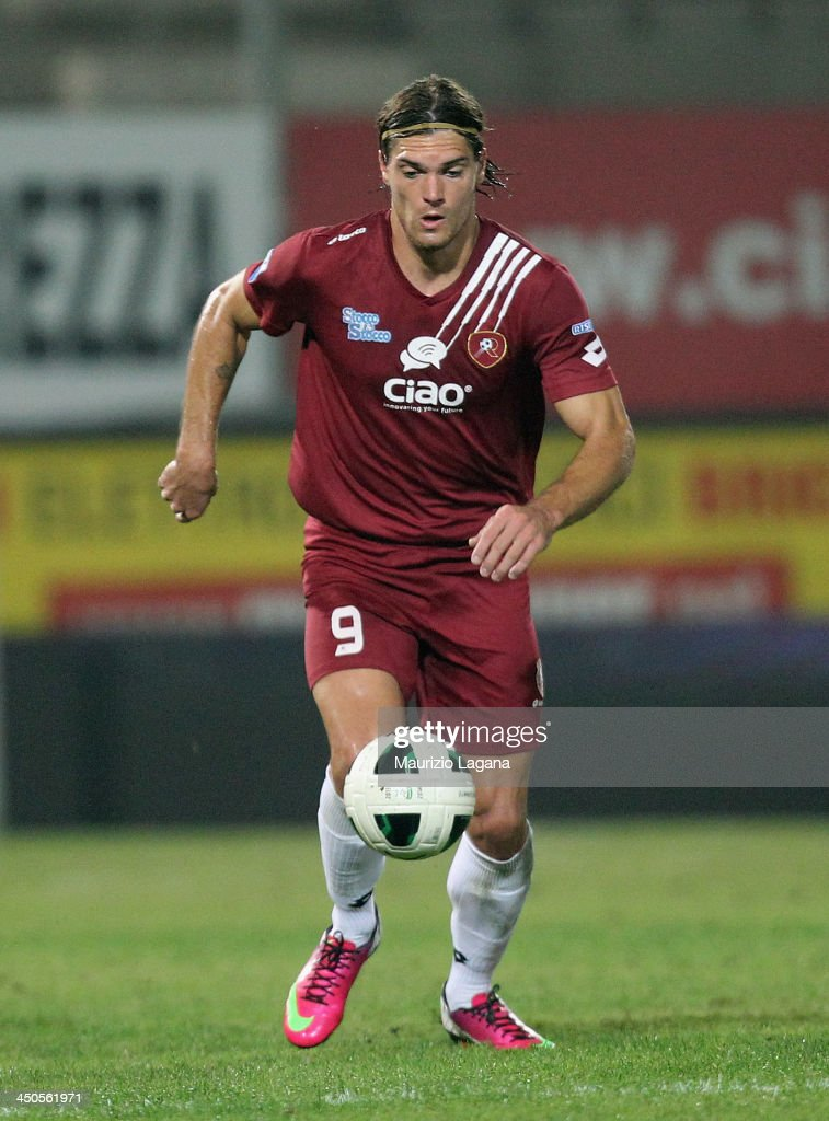 Federico Gerardi of Reggina during the Serie B match between Reggina Calcio and US Citta di Palermo at Stadio Oreste Granillo on November 16, 2013 in Reggio Calabria, Italy.