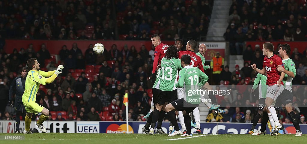 <a gi-track='captionPersonalityLinkClicked' href=/galleries/search?phrase=Federico+Macheda&family=editorial&specificpeople=5621336 ng-click='$event.stopPropagation()'>Federico Macheda</a> of Manchester United gets in a header on goal during the UEFA Champions League Group H match between Manchester United and CFR 1907 Cluj at Old Trafford on December 5, 2012 in Manchester, England.