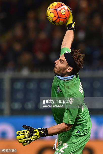 Federico Marchetti of SS Lazio in action during the Serie A match between Genoa CFC and SS Lazio at Stadio Luigi Ferraris on February 6 2016 in Genoa...