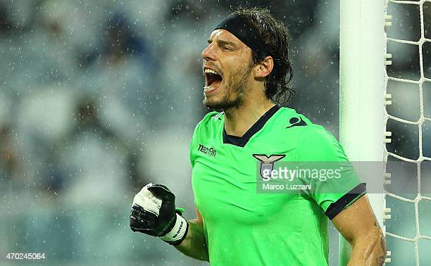 Federico Marchetti of SS Lazio shouts to his teammates during the Serie A match between Juventus FC and SS Lazio at Juventus Arena on April 18 2015...