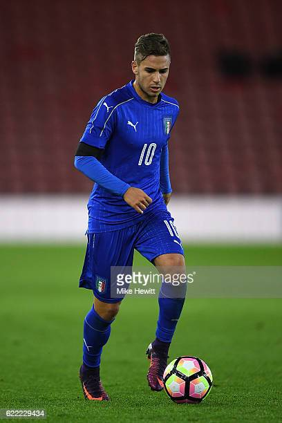Federico Ricci of Italy in action during the U21 International Friendly between England and Italy at St Mary's Stadium on November 10 2016 in...