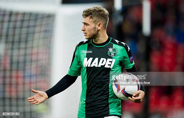 Federico Ricci of US Sassuolo reacts during the UEFA Europa League group F match between Athletic Club and US Sassuolo Calcio at the Estadio de San...