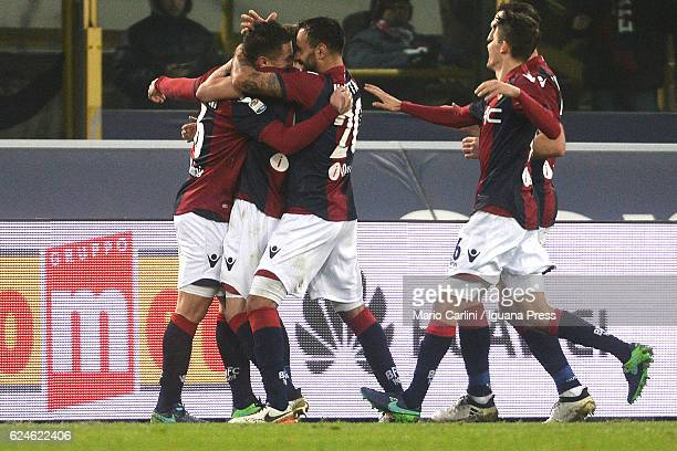 Federico Viviani of Bologna FC celebrates after scoring his team's third goal during the Serie A match between Bologna FC and US Citta di Palermo at...