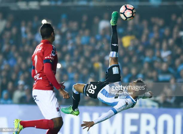 Federico Zaracho of Racing Club attempts an overhead kick during the first leg match between Racing Club and Independiente Medellin as part of second...