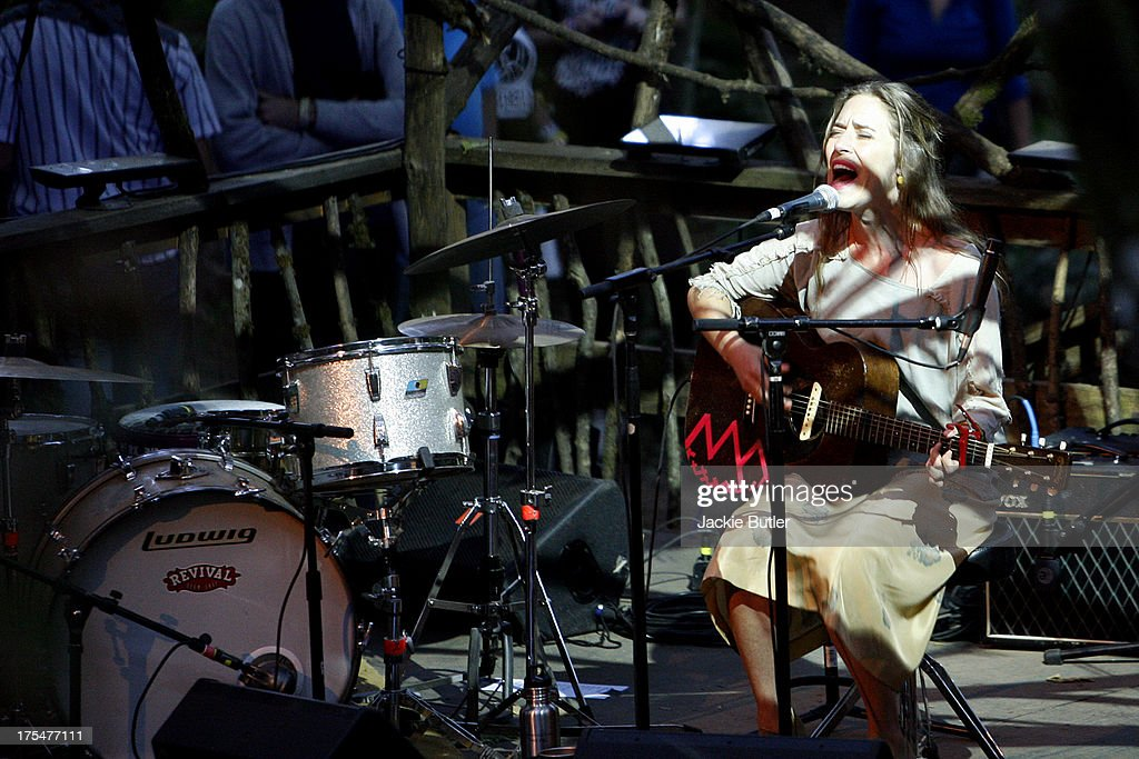 <a gi-track='captionPersonalityLinkClicked' href=/galleries/search?phrase=Feist&family=editorial&specificpeople=727776 ng-click='$event.stopPropagation()'>Feist</a> performs at Pickathon Music Festival on August 3, 2013 in Portland, Oregon.