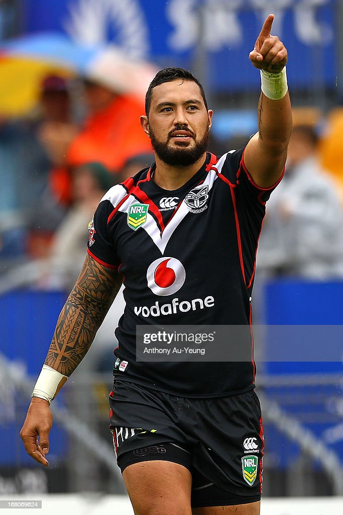 Feleti Mateo of the Warriors celebrates his try during the round eight NRL match between the New Zealand Warriors and the Gold Coast Titans at Mt Smart Stadium on May 5, 2013 in Auckland, New Zealand.