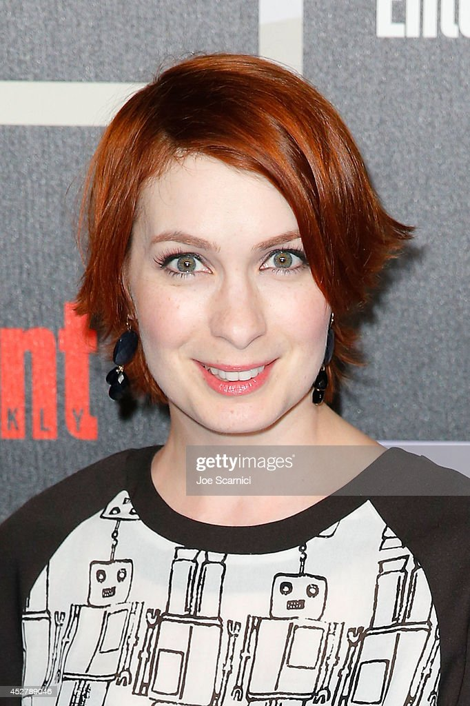 <a gi-track='captionPersonalityLinkClicked' href=/galleries/search?phrase=Felicia+Day&family=editorial&specificpeople=2499112 ng-click='$event.stopPropagation()'>Felicia Day</a> arrives to Entertainment Weekly's Annual Comic Con Celebration during Comic-Con International 2014 at Float at Hard Rock Hotel San Diego on July 26, 2014 in San Diego, California.