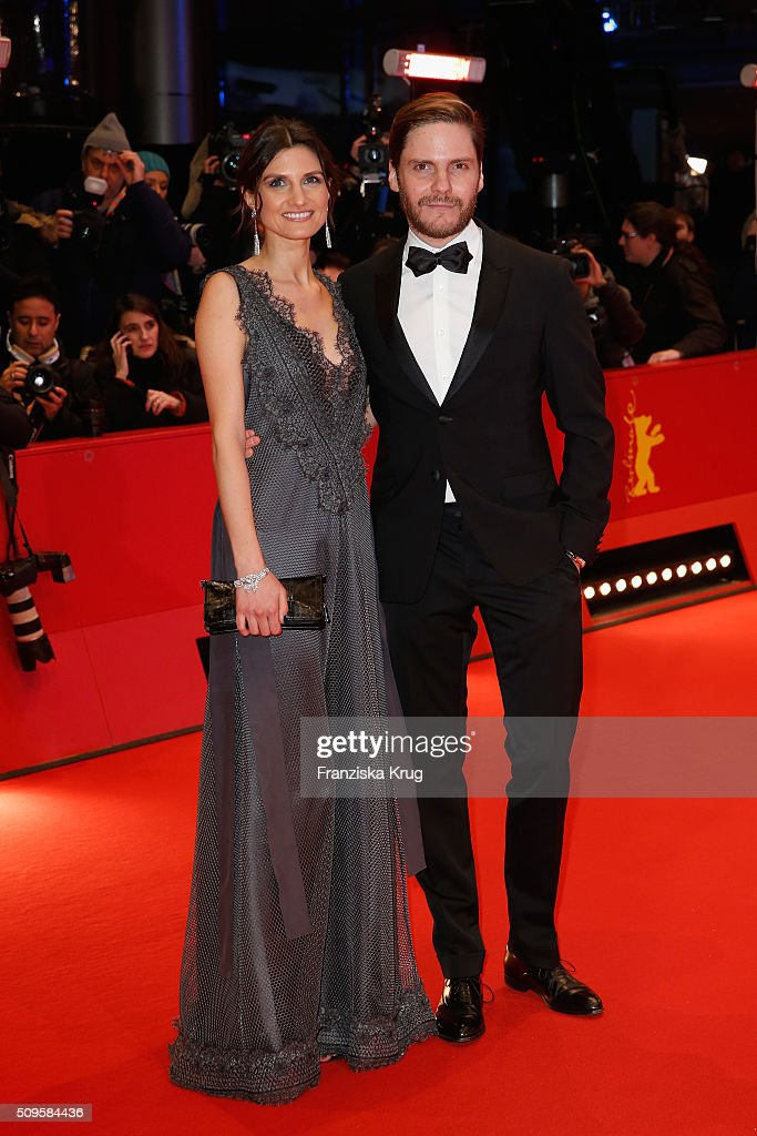 <a gi-track='captionPersonalityLinkClicked' href=/galleries/search?phrase=Felicitas+Rombold&family=editorial&specificpeople=9070735 ng-click='$event.stopPropagation()'>Felicitas Rombold</a> and Daniel Bruhl attend the 'Hail, Caesar!' premiere during the 66th Berlinale International Film Festival Berlin at Berlinale Palace on February 11, 2016 in Berlin, Germany.
