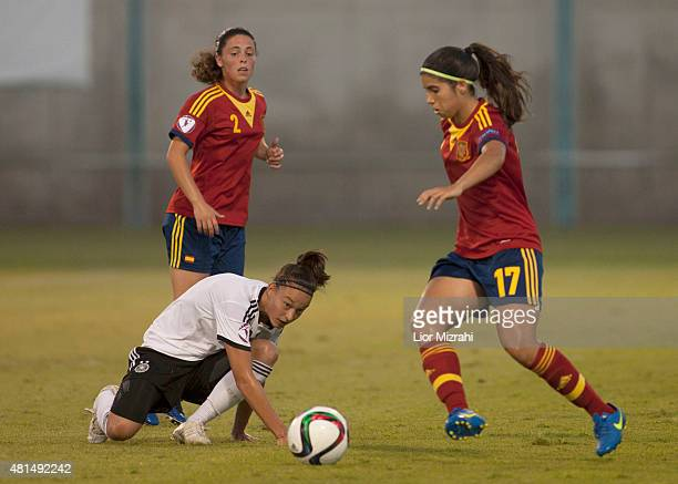 Felicitas Ruch of Germany challenges Alba Redondo of Spain during the UEFA Women's Under19 European Championship group stage match between U19 Spain...