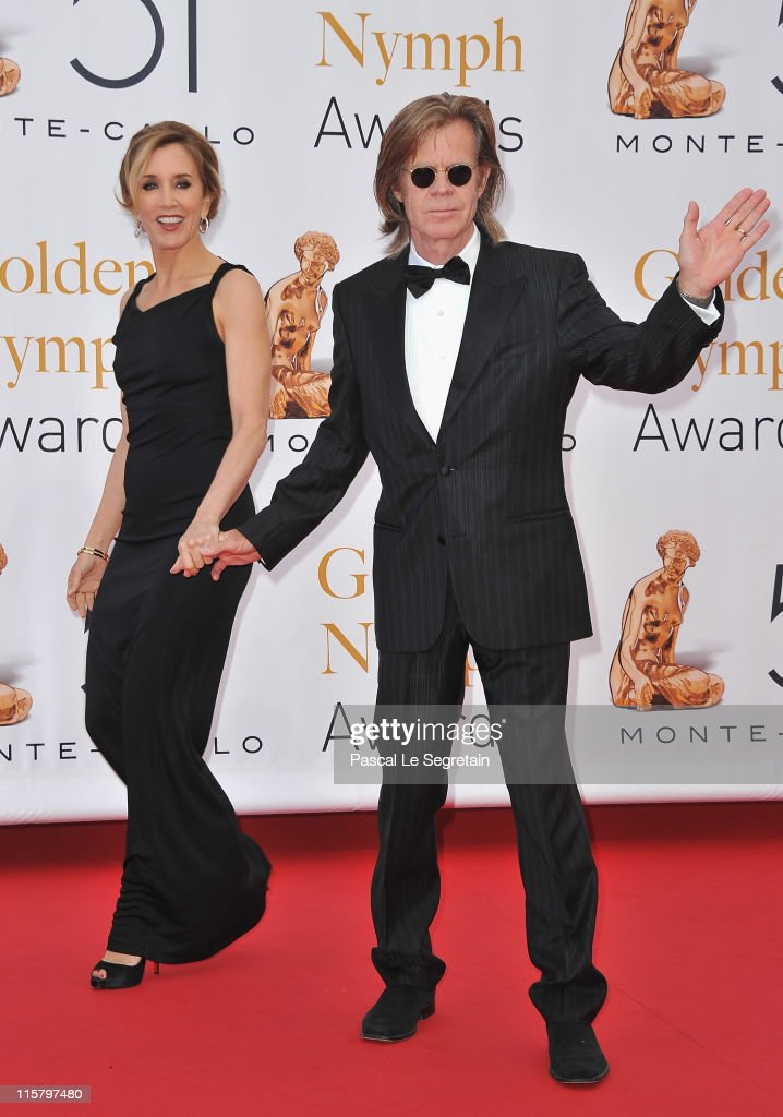 <a gi-track='captionPersonalityLinkClicked' href=/galleries/search?phrase=Felicity+Huffman&family=editorial&specificpeople=201903 ng-click='$event.stopPropagation()'>Felicity Huffman</a> and <a gi-track='captionPersonalityLinkClicked' href=/galleries/search?phrase=William+H.+Macy&family=editorial&specificpeople=202170 ng-click='$event.stopPropagation()'>William H. Macy</a> arrive at the closing ceremony of the 51st Monte Carlo TV Festival at the Grimaldi forum on June 10, 2011 in Monaco, Monaco.