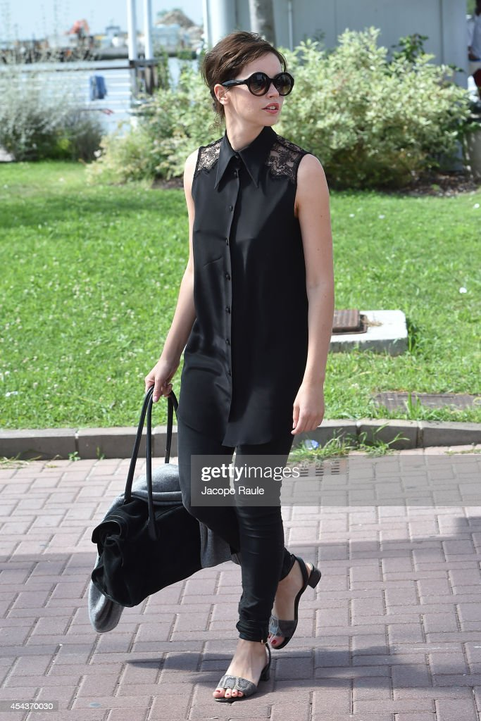 <a gi-track='captionPersonalityLinkClicked' href=/galleries/search?phrase=Felicity+Jones&family=editorial&specificpeople=5128418 ng-click='$event.stopPropagation()'>Felicity Jones</a> is seen arriving at Venice Airport during The 71st Venice International Film Festival on August 30, 2014 in Venice, Italy.