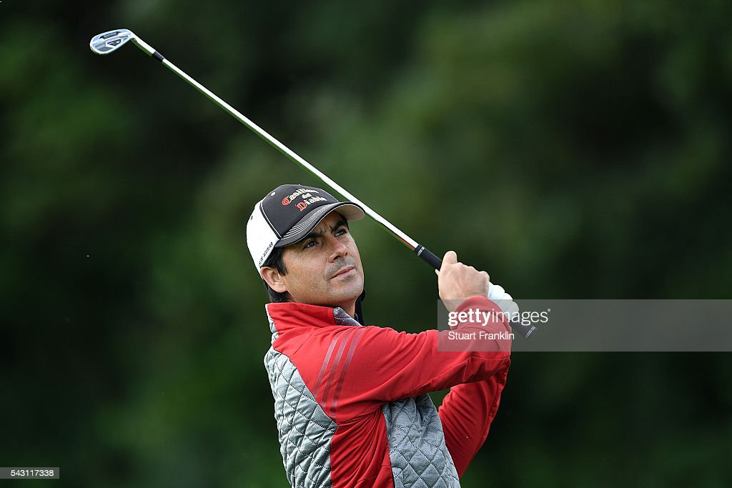 <a gi-track='captionPersonalityLinkClicked' href=/galleries/search?phrase=Felipe+Aguilar&family=editorial&specificpeople=562693 ng-click='$event.stopPropagation()'>Felipe Aguilar</a> of Chile hits an approach during the rain delayed third round of the BMW International Open at Gut Larchenhof on June 26, 2016 in Cologne, Germany.