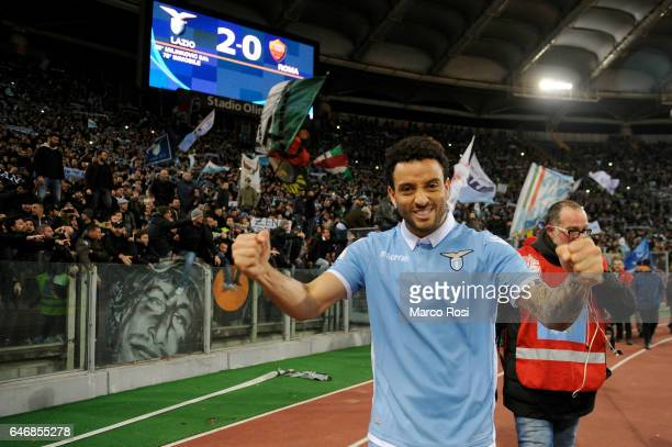 Felipe Anderosn of SS Lazio celebrates a winner game after the TIM Cup match between SS Lazio and AS Roma at Olimpico Stadium on March 1 2017 in Rome...
