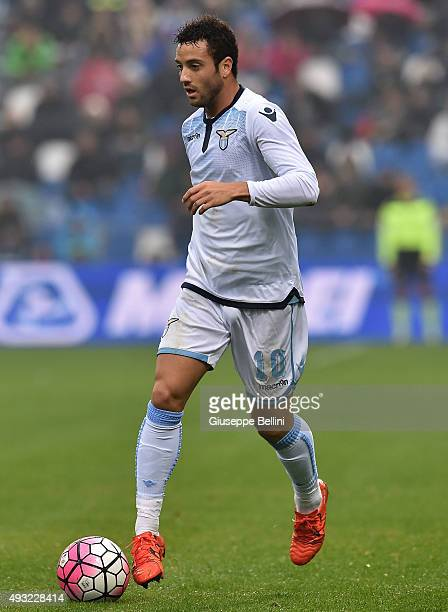 Felipe Anderson of Lazio in action during the Serie A match between US Sassuolo Calcio and SS Lazio at Mapei Stadium Citta del Tricolore on October...