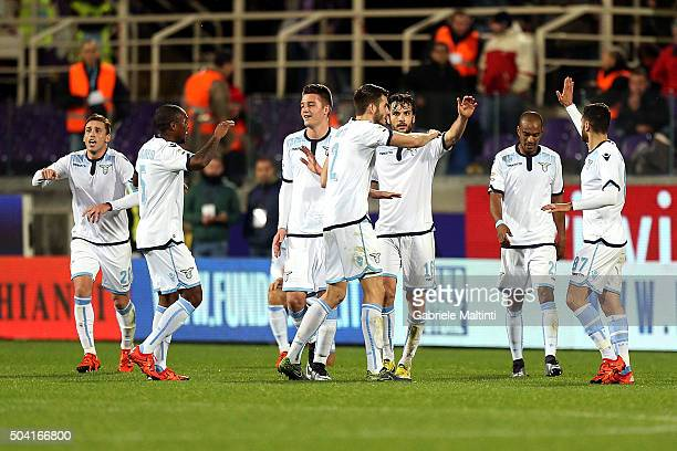 Felipe Anderson of SS Lazio celebrates after scoring a goal during the Serie A match between ACF Fiorentina and SS Lazio at Stadio Artemio Franchi on...