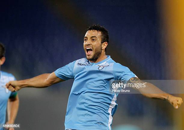 Felipe Anderson of SS Lazio celebrates after scoring the team's second goal during the Serie A match between SS Lazio and Genoa CFC at Stadio...